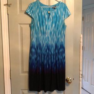 Tahari ASL Multi-Blue Dress w/Pleated Front